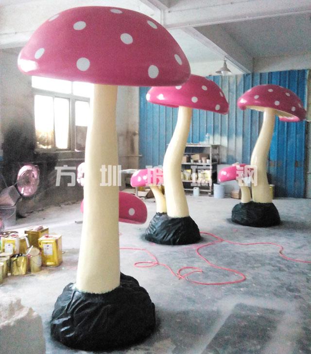 玻璃钢蘑菇雕塑