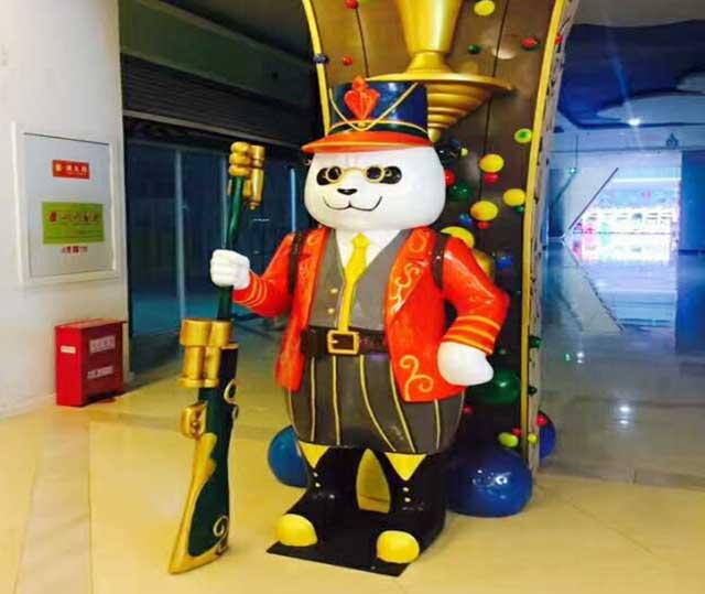 玻璃钢创意熊猫雕塑