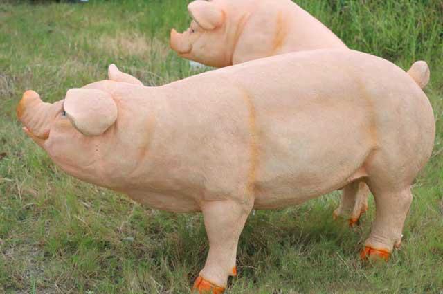 园林玻璃钢仿真猪雕塑