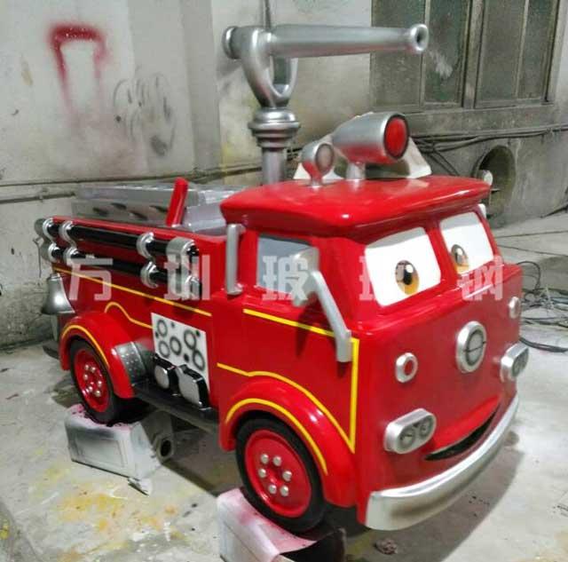 玻璃钢卡通消防车雕塑