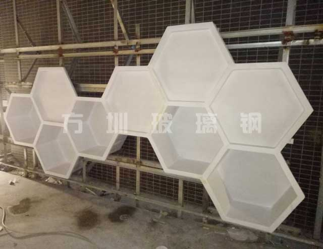 玻璃钢六角造型装饰