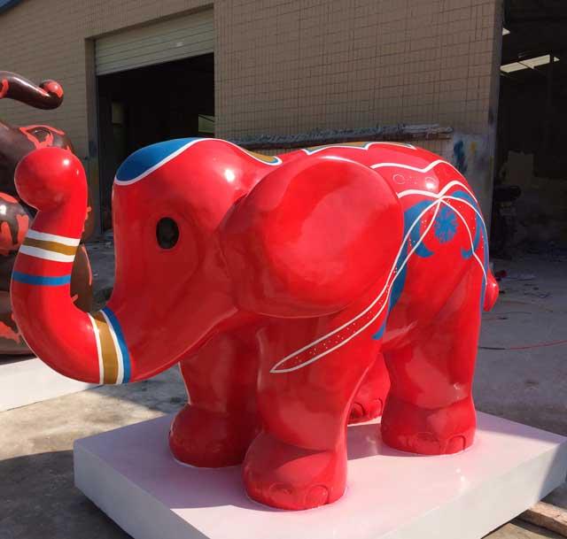 玻璃钢卡通大象雕塑