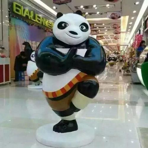 玻璃钢影视熊猫雕塑