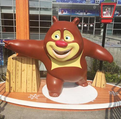 深圳玻璃钢卡通熊雕塑