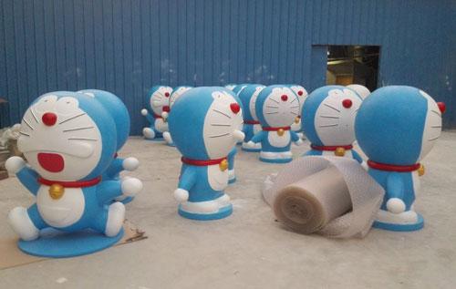 蓝色小猫动漫组合玻璃钢雕塑