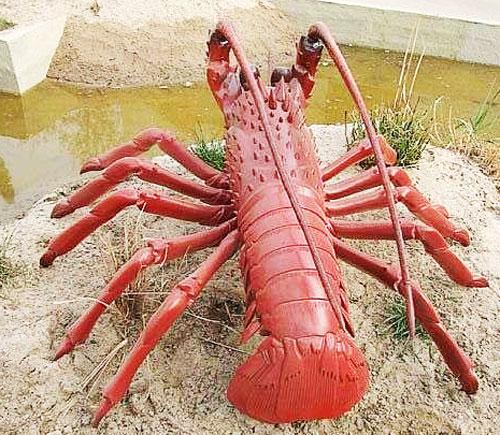 玻璃钢园林龙虾雕塑