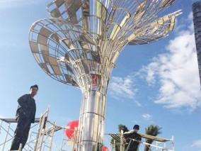 不锈钢城市景观雕塑