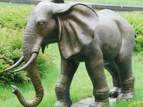 铸铜大象雕塑