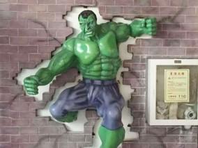 玻璃钢影视绿巨人雕塑