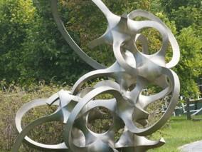 景区铁艺抽象雕塑